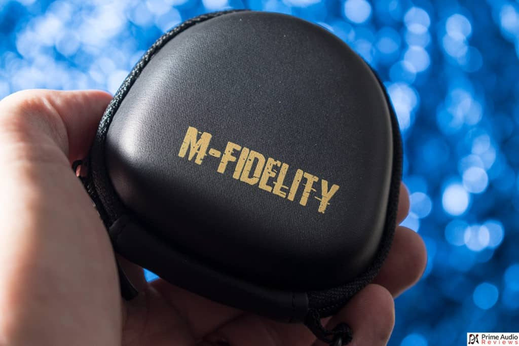 M-Fidelity SA-50 review small case in hand