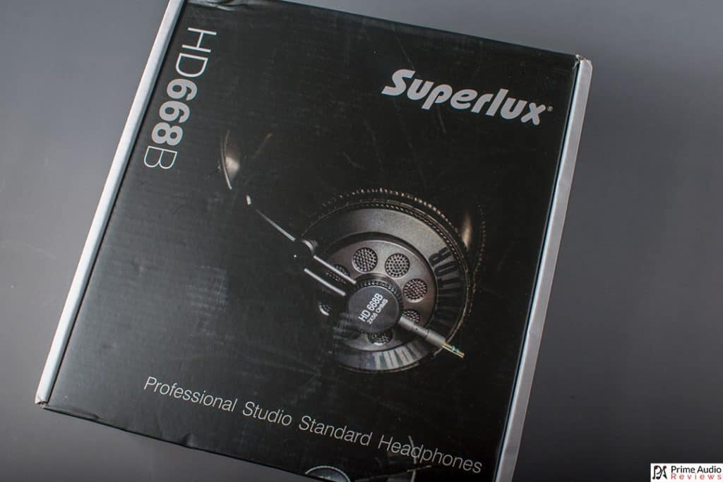 Superlux HD668B box