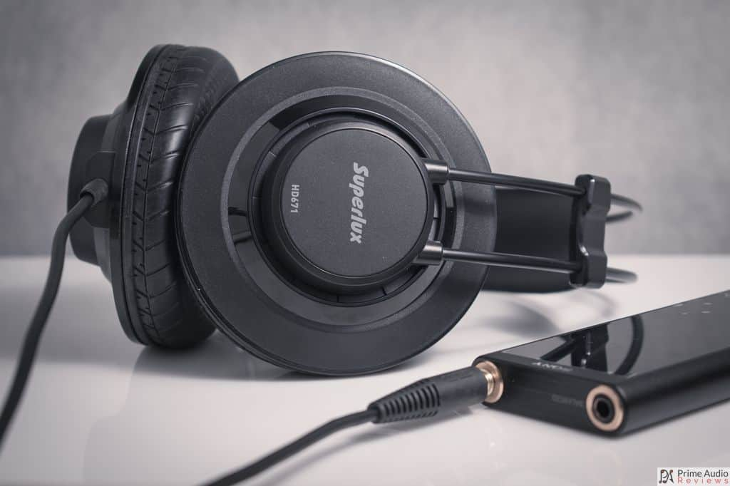 Superlux HD671 with DAP