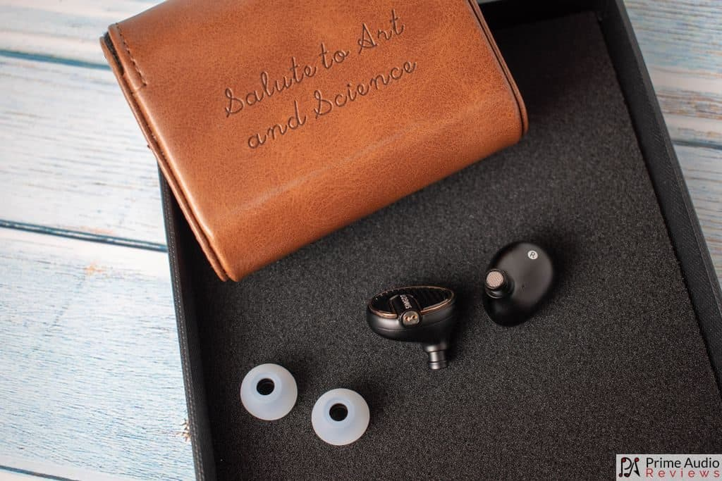 Earpieces, eartips and back of case