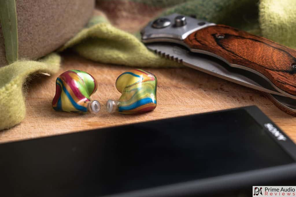 P1 shells with Sony DAP and brown knife