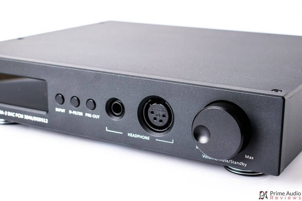 Close up of volume knob and headphone outputs on SDA-2