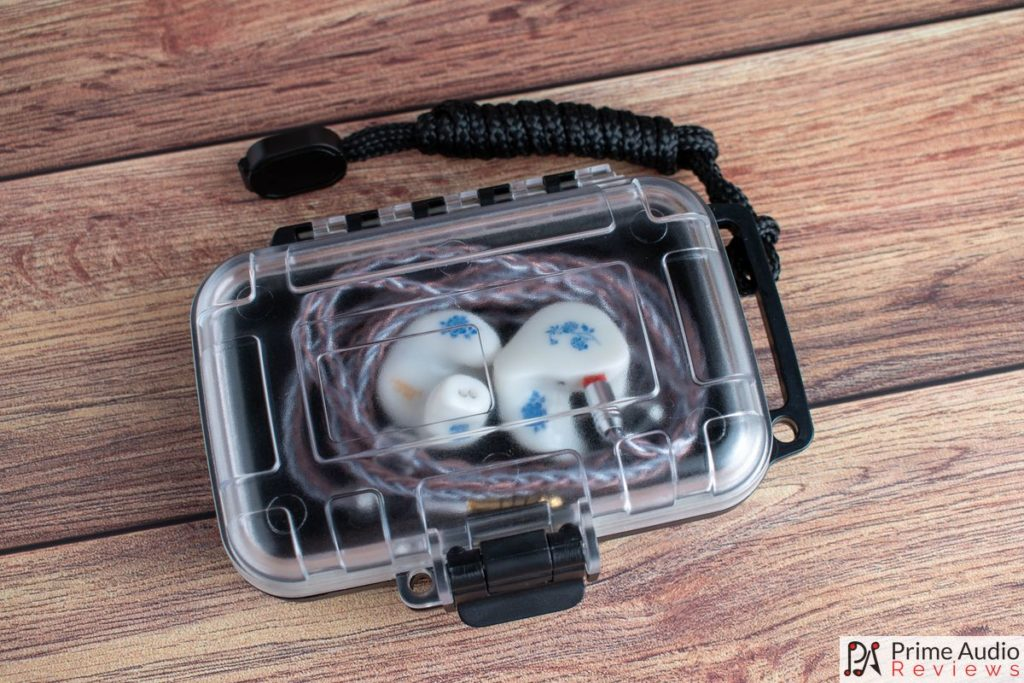 Legacy 3 custom comes in a Pelican style case