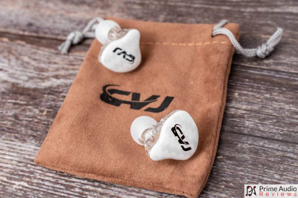 CVJ CSA earphones with carrying pouch