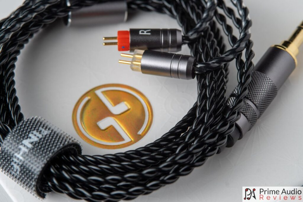 Stock Kevlar-plated OFC cable