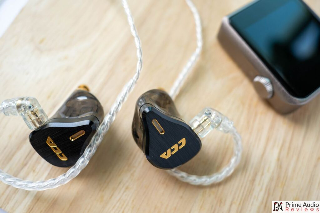 CCA CS16 with cable and MP3 player