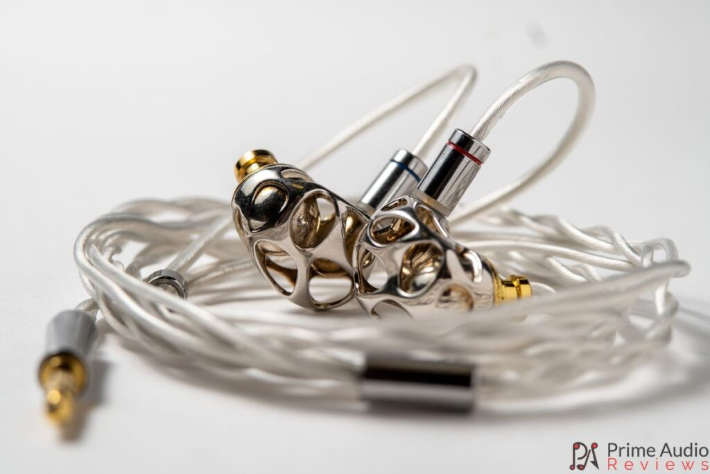 BLON BL-A8 with cable