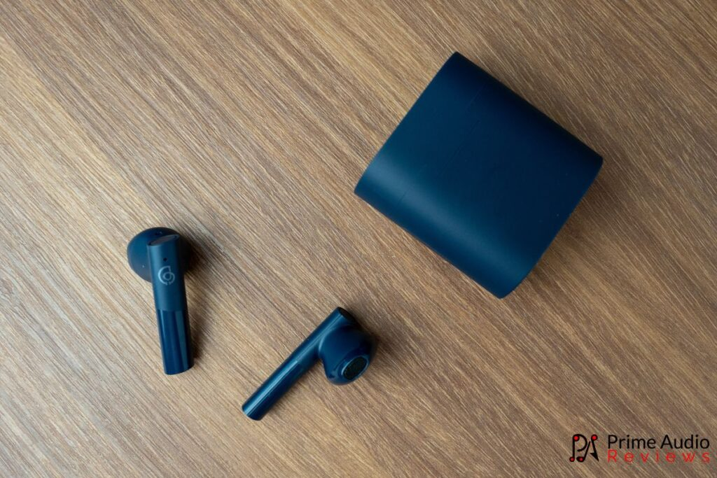 MoriPods earbuds with charging case